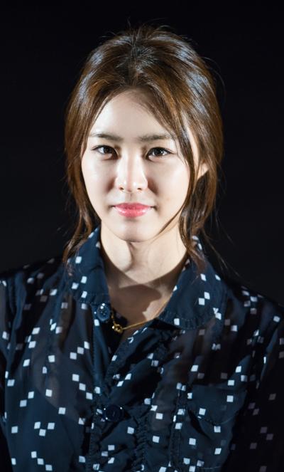 Yeon-hee Lee Nude Photos 58